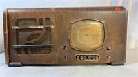 Fidelitone Tube Radio