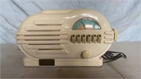 Crosley Tube Radio with Cassette Player