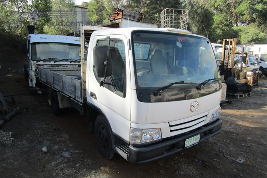 2000 Mazda T4600 - Wrecking for Sale