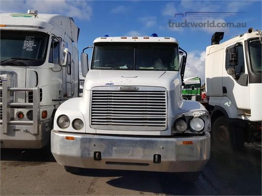 2003 Freightliner CENTURY 120 - Trucks for Sale