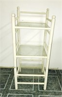 Small white stand up shelve (sleeves are glass