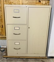 Metal File Cabinet, locked w/No Key