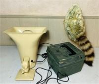 Fox Pro Jack in the Box, Horn Speaker