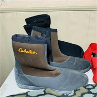 Hunting/ Fishing Lot, Cabelas wader Boots, Safety