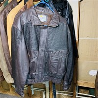 15 Leather Jackets, mostly size Large