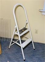 "Metal lightweight step stool, 20"" high top step"