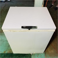 Gibson heavy duty Commercial Chest Freezer