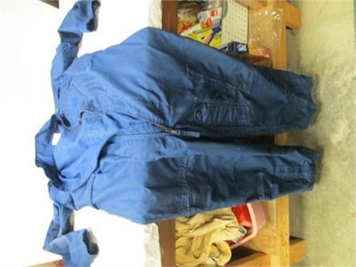 B8 3 Coverall Sz 44r Men S Other Items For Sale 1 Listings Tractorhouse Com Page 1 Of 1