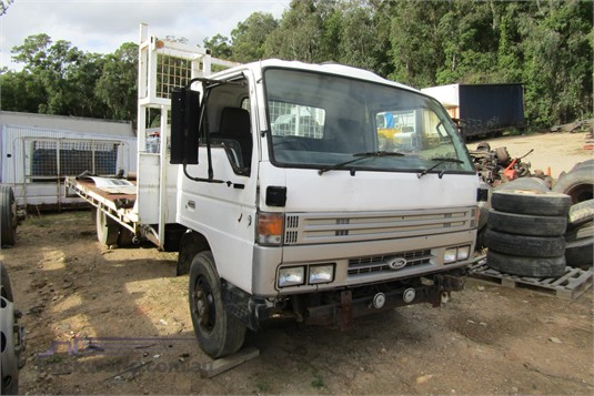 1993 Ford Trader 0409 - Wrecking for Sale