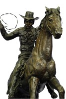 C.M THOMAS AMERICAN COWBOY VINTAGE SCULPTURE