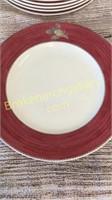 12 Wedgwood Plates