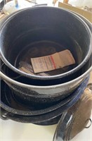 Roaster pots