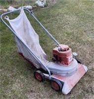 Lindell Lawn vacuum