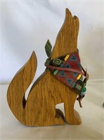 Howling Coyotes Decor