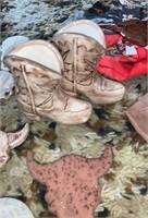 Cowboy Scarf Slides