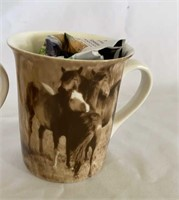Large wildlife coffee cups
