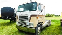 1985 International 9670 cab-over truck/tractor