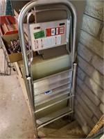 Folding Step Ladder