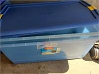 2pc Blue Plastic Storage W/ Lids