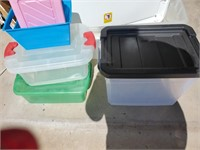 Small Plastic Storage, Some W/ Lids