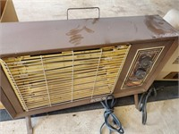 Vintage Bow Eledttric Space Heater