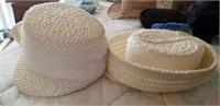 2 Pc White Straw Type Hats