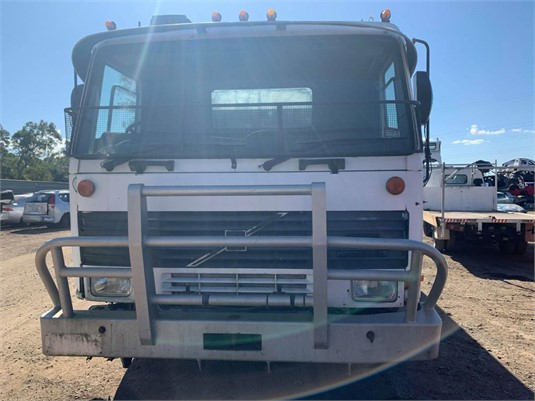 1990 Volvo FL7 - Wrecking for Sale
