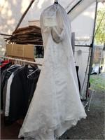 Casablanca Bridal Wedding Dress. Unknown size