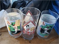 3 glass cups