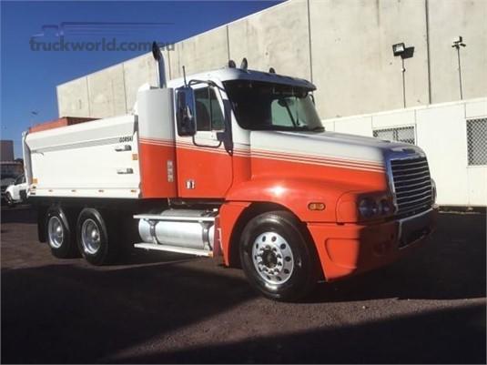 2005 Freightliner CENTURY 120 - Trucks for Sale