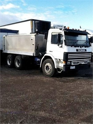 1989 Scania P113M - Trucks for Sale