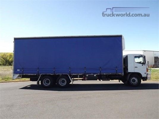 2007 Hino 500Fl2427 - Trucks for Sale