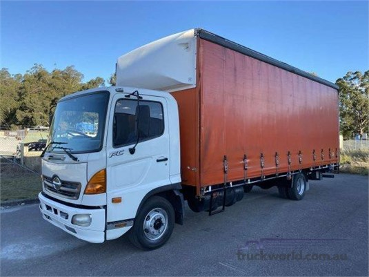 2005 Hino 500 Series 1022 FC - Trucks for Sale