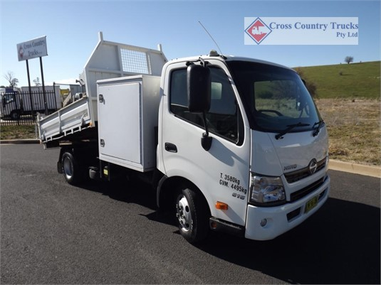 2015 Hino 616 Cross Country Trucks Pty Ltd - Trucks for Sale