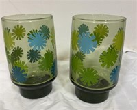 2 Retro green glasses