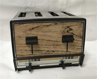 Vintage Proctor-Silex 4 slice toaster and pastry