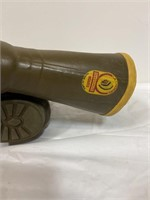 Lacrosse water resistant and insulated boots,