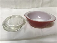 Vintage Pyrex dish with lid-8oz