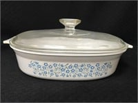 2 Pyrex casserole dishes with lids