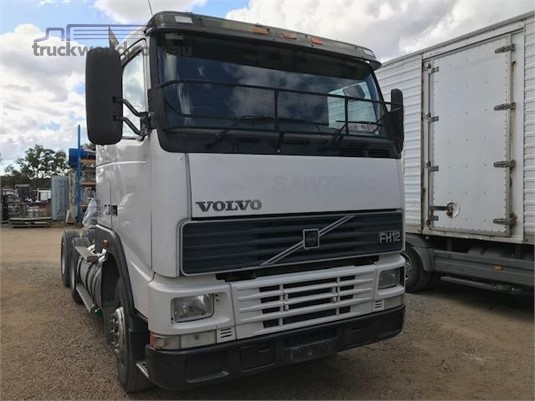2001 Volvo FH12 - Wrecking for Sale