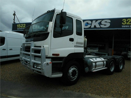 2004 Isuzu other - Trucks for Sale