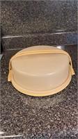 Tupperware pie saver