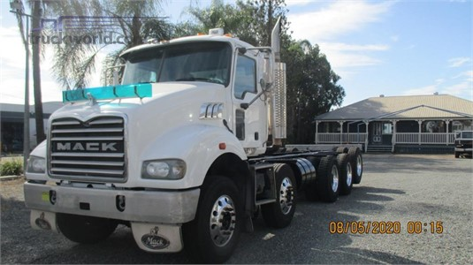 2010 Mack other - Trucks for Sale