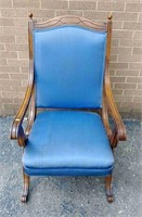 Open arm uph. chair w/ X sides
