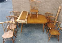 Maple PA House D/R table w/7 chairs