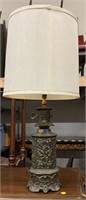Brass tone table lamp w/grape motif