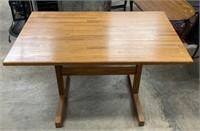 Oak tressle table