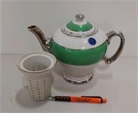 McCormick tea pot