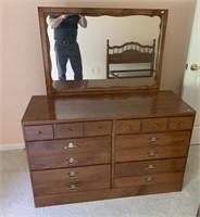 Ethan Allen dresser w/mirror