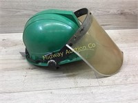GREEN HARD HAT WITH FACE SHIELD